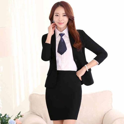 Chị em văn phòng thường ca thán về đồng phục