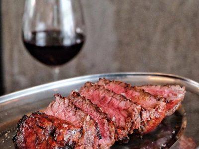 Steak chuẩn vị Argentinian Latin tại nhà hàng steak El Gaucho Ba Đình, Liễu Giai, Hà Nội