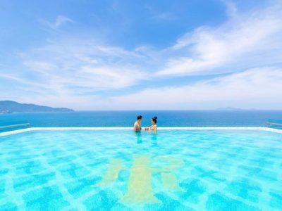 Hồ-Bơi-Vô-Cực