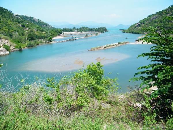 Khung cảnh đảo Bình Lập Nha Trang